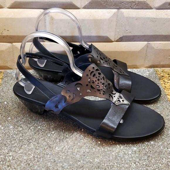 MUNRO Black/Gunmetal Leather Sandals - Size 13W